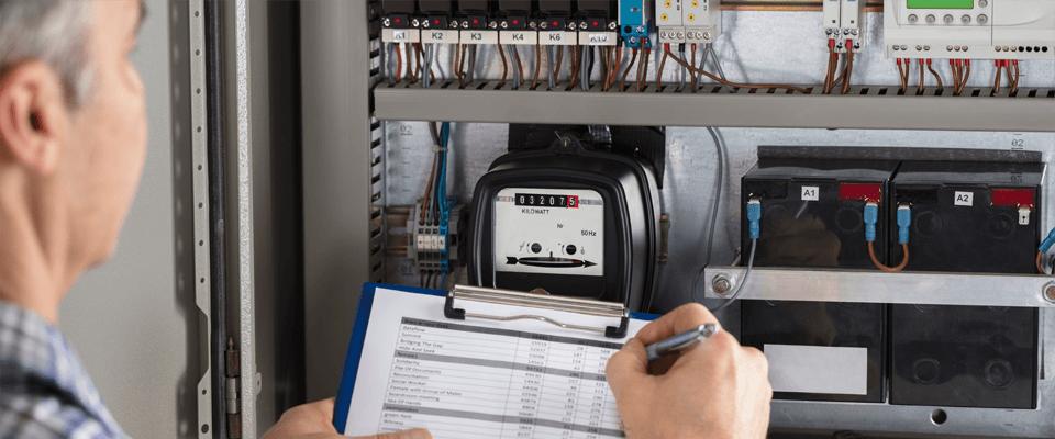 Het aflezen van de meterstanden voor gas en elektriciteit