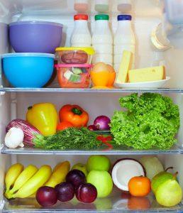 Een energiezuinige koelkast zorgt automatisch voor een lager stroomverbruik.